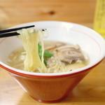 讃岐ロック - 料理写真:支那そば 塩 (750円) '15 8月中旬