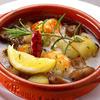 マンジャ - 料理写真:小エビとマッシュルームのアヒージョ