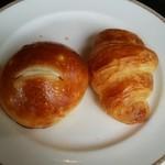 サンマルク - クロワッサン、オニオンパン