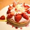 モエナ カフェ - 料理写真:スペシャルいちごミルクのパンケーキ