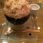 茶の葉 - 焙じ茶カキ氷。繊細美味しい。