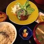 米の子 - レンコンハンバーグランチ