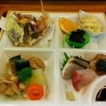 割烹はらだ - 幕の内定食、天ぷらに刺し身にと、とても豪華でした♪