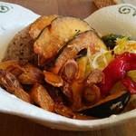 香食楽 - かくらカレー+チキン+揚げ野菜+8穀米変更(1550円)