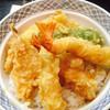松月 - 料理写真:天丼¥800