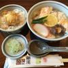 源平うどん - 料理写真:かしわうどん820円とトロ玉天丼330円