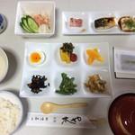 木屋旅館 - 料理写真:ある日の朝食