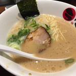 麺場居酒屋 ラの壱 - ハーフラーメン500円