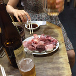 ハセガワ - ホルモン小とビール