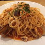 イタリア料理 ボン・パスト - 海の幸のニンニクトマトソース 大盛り