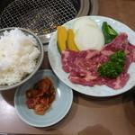 焼肉なべさん - ランチ定食(カルビ100g)\730
