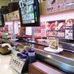 はま寿司 - 店内