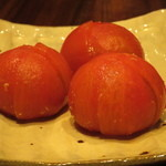 喜の字 - トマトのぬか漬け