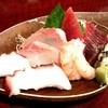 魚しん - 料理写真:お得セットお刺身五種もり!これにウーロンハイで1000円!