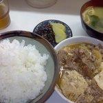 季節料理 西田 - 牛皿定食500円