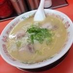 福龍軒 - ワンタン麺670円