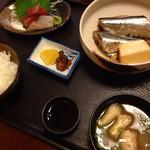 魚彦 - サンマの煮魚定食