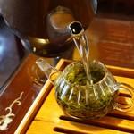 華泰茶荘 渋谷店 -
