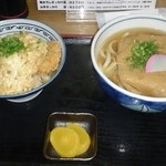 久米 - カツ丼セット。オススメ(⌒‐⌒)