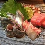 七海(ななうみ) - さんま、本マグロ中トロ、タコ、鯛