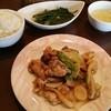 ハナハナ - 料理写真:Bランチ 豚肉と野菜のオイスターソース炒め、スープ、ライス、デザート付き 850円