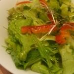 チェスティーノ - 昭和の味・鉄板ナポリタンセット1000円のサラダ