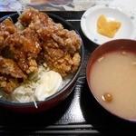 やるき茶屋 - 鶏唐ジンジャー丼500円(2015.9)