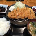 とんかつ専門店 とん豚 - 150920 ロースカツ定食