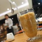 横井珈琲 - カフェ、俺