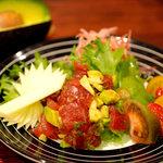 セブゼ - マグロとアボカドのサラダ 680円