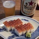 椿 - 料理写真:中瓶ビール+ハモ板