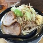 J-LOW麺 - J-LOW麺 中 300g ¥700。