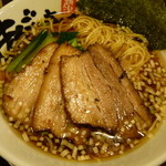 42120680 - 正油チャーシュー麺(1010円)