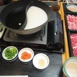 華屋与兵衛 - 料理写真:だしは、4種類から選べます。タレは2種。薬味はいろいろ。