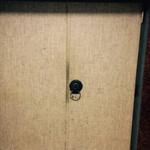 黒猫夜 - 看板のないドア