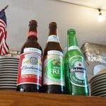 MAD BURGER - アルコール、ノンアルコールドリンクあります