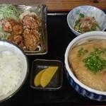 久米 - 唐揚げ定食の、きつね