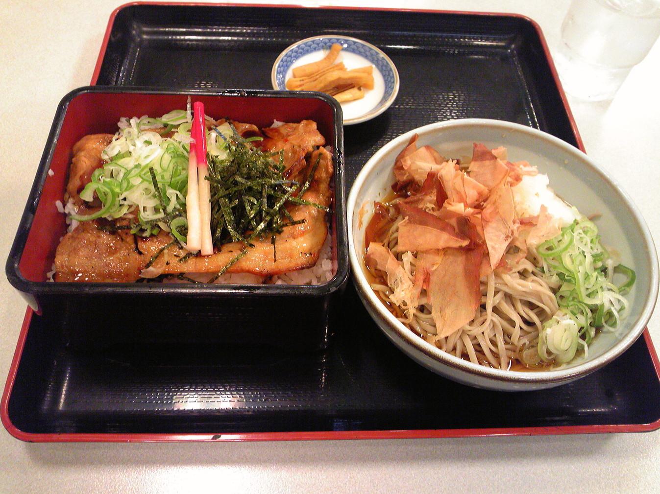 レストラン三谷