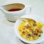 42181572 - スープ炒飯