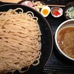 道 - つけ麺特盛(500g)