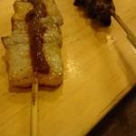 炭焼き 大 - ブタバラ味噌串、つなぎ串