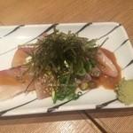 さかなや食堂 辰悦丸 - ごまカンパチ680円(税込)
