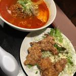サウスヴィラ - からあげミニラーメン(担担麺)セット(からあげ2個ver)1/3