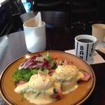 ザ シティ ベーカリー バー アンド バーガー ルービン - 料理写真:モーニングのエッグベネディクト♡