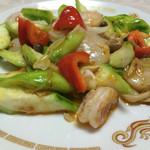 鴻華園 - ヘチマと海鮮の炒め物