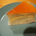 ケーキハウス・アプリコット - スフレチーズケーキ