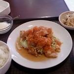 祥龍房 - 油淋鶏定食 600円