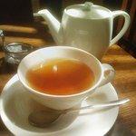 珈琲らくだ屋 - 紅茶。ポットサービス!