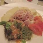 サンチョ・パンサ - サラダはもう一品、ポテトと魚介を使ったサラダでした。