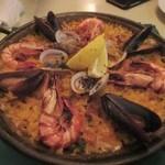 サンチョ・パンサ - 最後の料理は魚介のパエリアをいただいて楽しい夕食会はお開きでした。